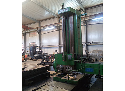 Floor milling and boring machine-130